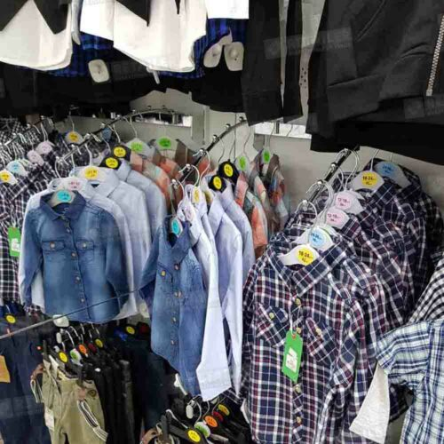 ტანსაცმლის მაღაზიის ინვენტარი